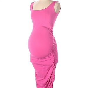 Isabella Oliver bodycon pink dress
